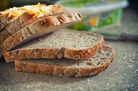 bread-570316__180
