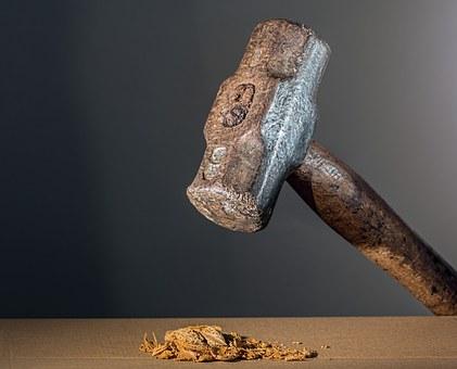 hammer-682767__340